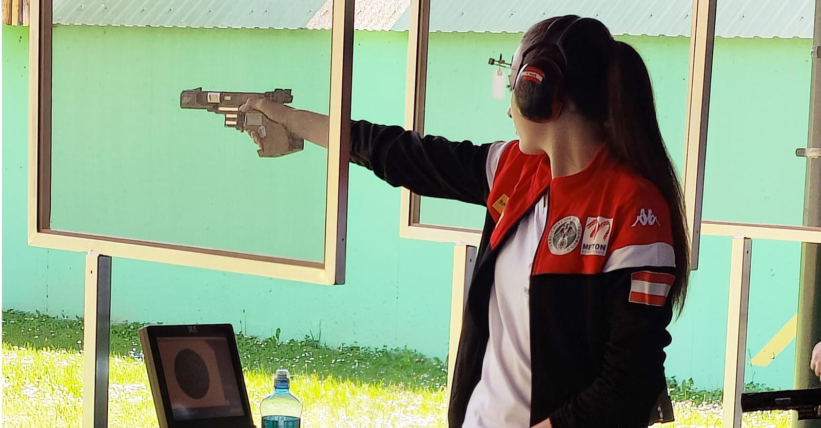 Corina Gosch gelingt in Osijek Personal Best mit der 25m-Pistole © Franz Roth, ÖSB