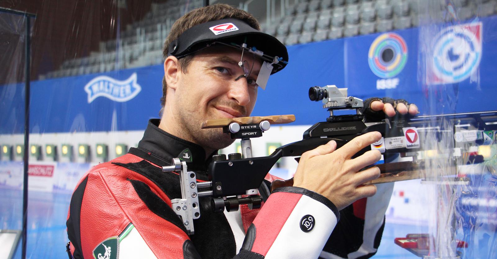 Martin Strempfl, Österreichs Olympiahoffnung mit dem Luftgewehr, beim ISSF World Cup Osijek © Margit Melmer, ÖSB