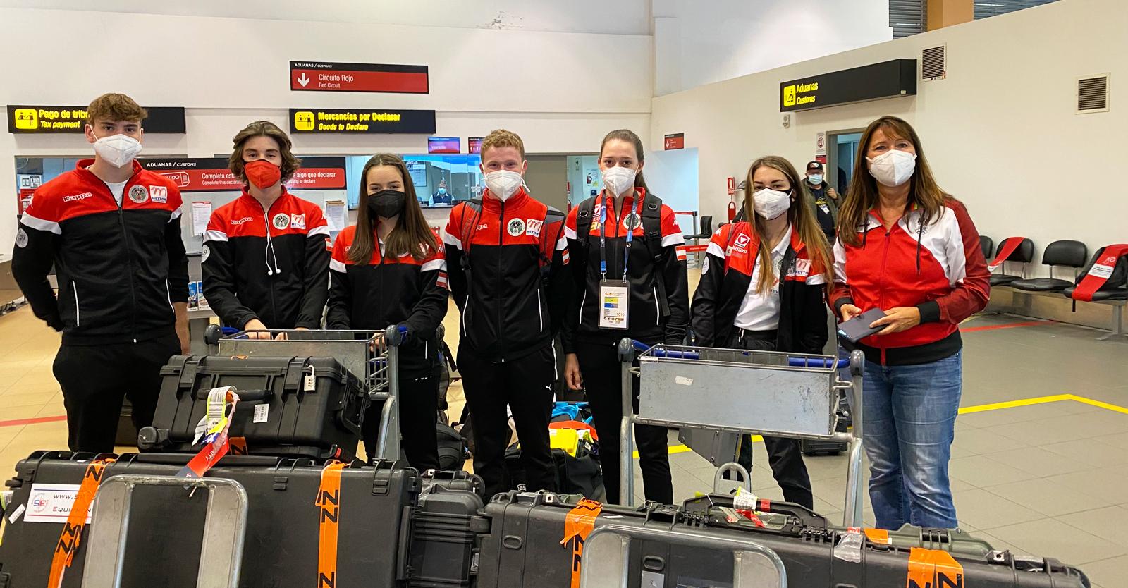Die Erleichterung ist groß: Nun kann das ÖSB-Team, zwar verspätet, aber doch noch bei der Junioren-Weltmeisterschaft in Lima mitmischen © Christian Planer, ÖSB
